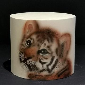 Petit tigre, aérographe