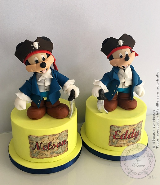 Cake Design - Mickey pirate - Gâteaux sur Mesure Paris - Dion, ecole cake design, formation cake design, luxe, mickey, modelage, Paris, pirate, sucre