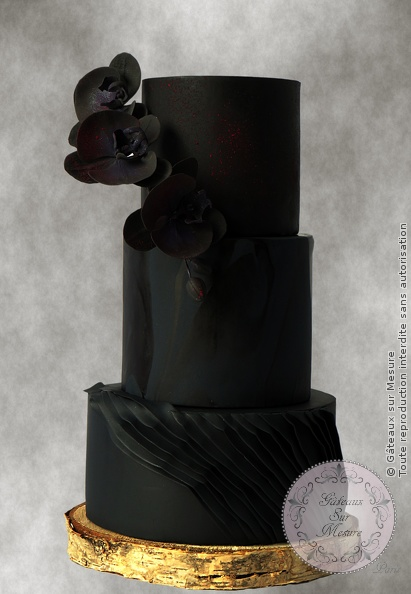 Cake Design - Black orchids - Gâteaux sur Mesure Paris - black, cake decorating school, cake design, cake design Paris, chic, ecole cake design, fashion, fleurs en sucre, flower, luxe, mode, orchid, orchidee, Paris, wedding cake