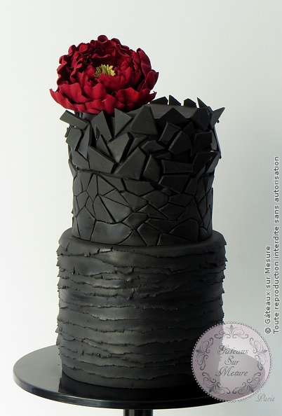 Cake Design - Black design - Gâteaux sur Mesure Paris - art, cakedesign, cakeschool, design, formation cake design, formation professionnelle, Paris, peony, sugar, sugar flower