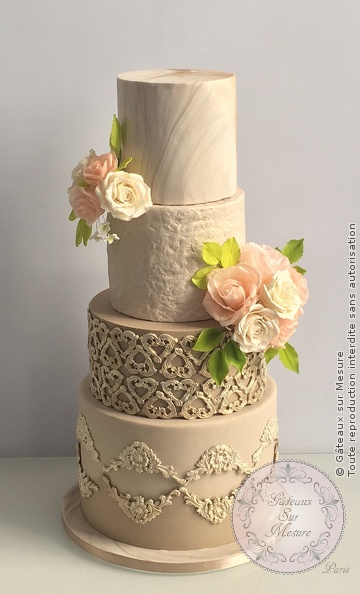 Cake Design - Romantique chic Wedding Cake - Gâteaux sur Mesure Paris - baroque, cake, cake design, chic, luxe, luxeevent, waferpaper, waferpaperflowers, wedding cake, weddingluxe