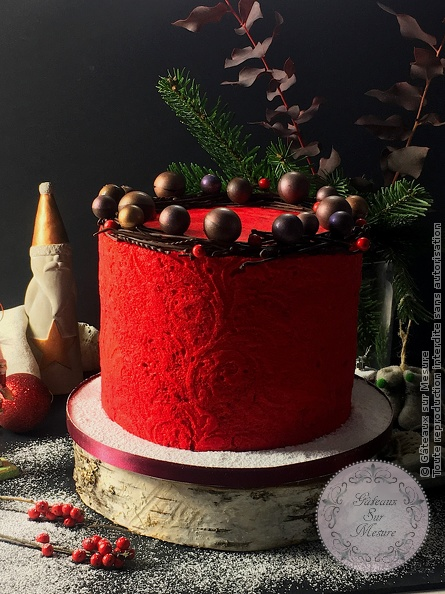 Cake Design - Christmas cake - Gâteaux sur Mesure Paris - cake, cakedecorating, cakedesign, chocolat, christmas, ecolepatisserie, food, formation cake design, noel, Paris, pastry, valrhona