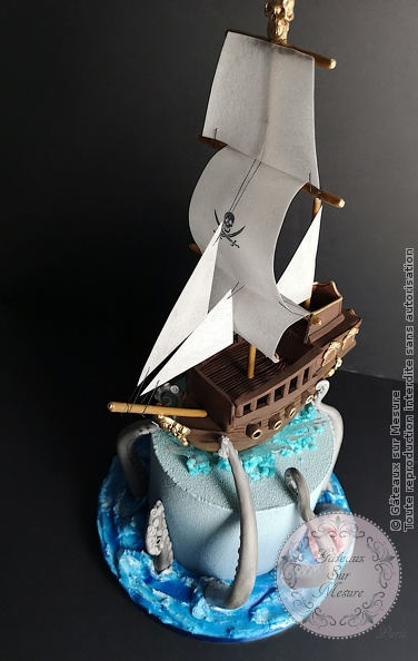 Cake Design - Bateau des pirates - Gâteaux sur Mesure Paris - anniversaire, anniversaire enfant, bateau pirate, birthday, birthdaycake, cake, cake designer, cakedecorating, cakedesign, cheesecake, chocolat, formation, Paris, pirate, valrhona
