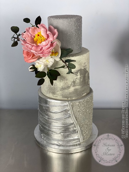 Cake Design - Formation Création d'entreprise spécialisée en Wedding Cakes - Gâteaux sur Mesure Paris - cakedesign, ecolecakedesign, fleurs en sucre, formation, formation cake design, Paris, patisserie, weddingcake